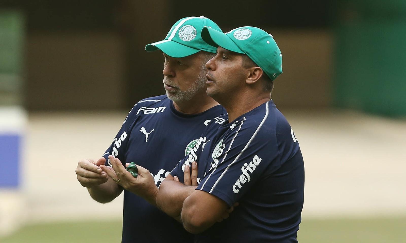 Um mês de Mano Menezes: como o treinador teve impacto positivo no estilo do Palmeiras