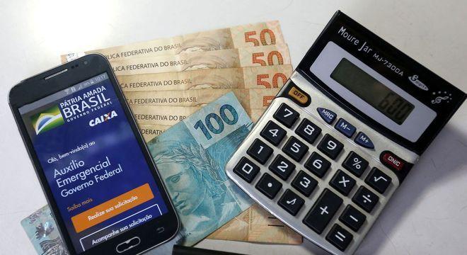 Auxílio Emergencial: Caixa paga 4ª parcela a 1,9 milhão de beneficiários do Bolsa Família com NIS final 4 nesta quinta
