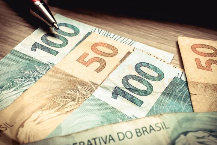 Publicado sem alarde, relatório prevê déficit de R$ 861 bilhões no Orçamento