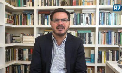 Parte da imprensa e Caetano Veloso ainda estão presos ao passado socialista