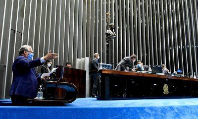 Senado vai fazer sessão especial em homenagem aos médicos nesta segunda
