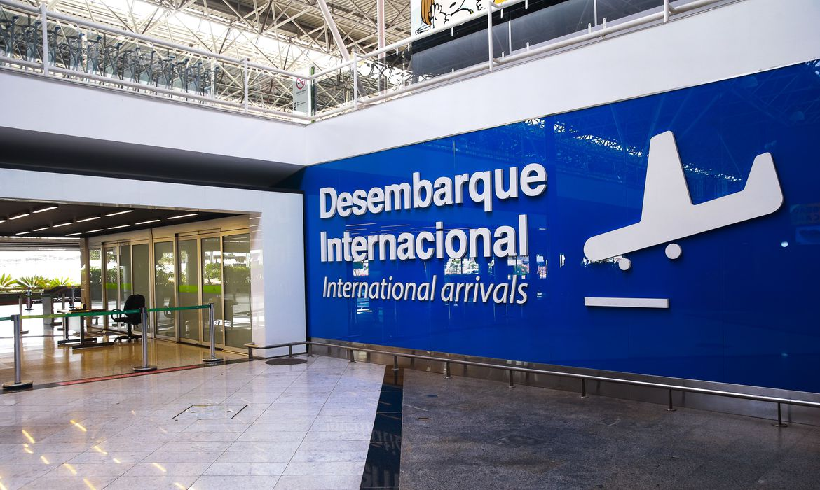 Some foreigners allowed to enter Brazil -Árabe -Arab News Agency (ANBA)