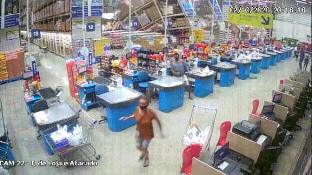 Vídeo: Desabamento em supermercado deixa um morto e vários feridos no Maranhão
