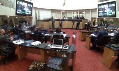 Impeachment em SC: como acompanhar o Tribunal de Julgamento de Moisés