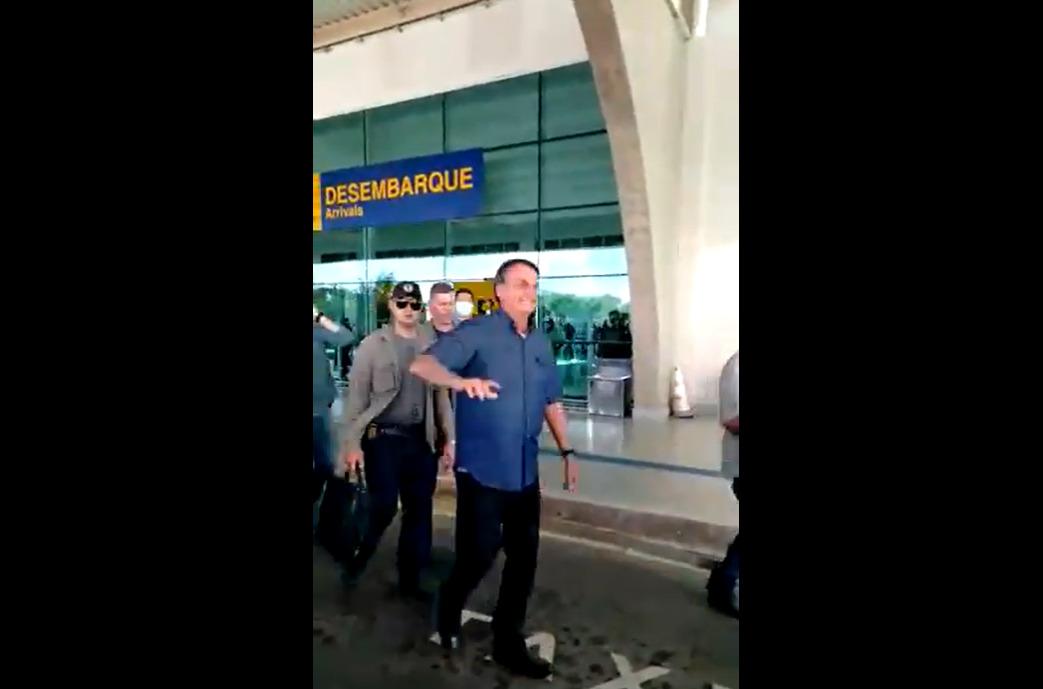 Bolsonaro é escorraçado do Amapá após mais de duas semanas de escuridão