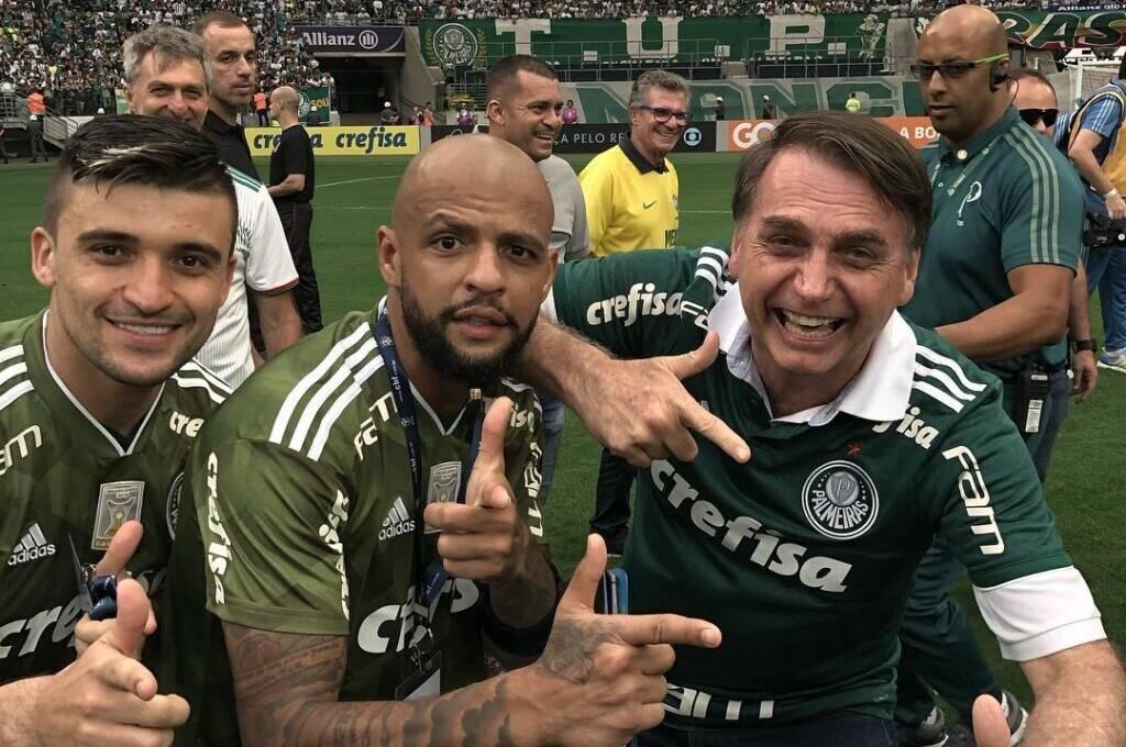 Com jogo do Palmeiras, SBT tem recorde de audiência e chega a superar a Globo na capital paulista