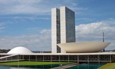 Presidentes de partidos soltam nota apelando a Maia e Alcolumbre por volta de atividade do Congresso