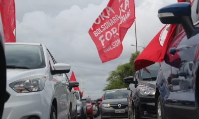 Jornal Nacional dá destaque a carreatas contra Bolsonaro