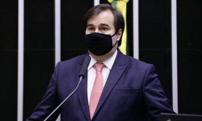 Maia afirma que ministro da Saúde cometeu crime em gestão da pandemia e defende CPI