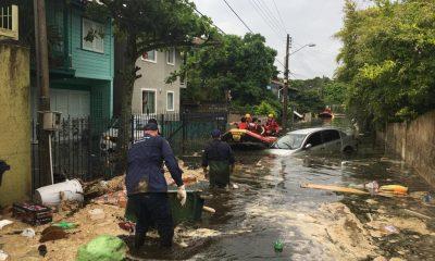 AO VIVO: ouça as informações sobre a inundação na Lagoa da Conceição