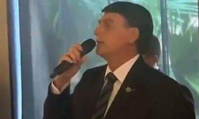 Bolsonaro diz que latas de leite condensado são para 'enfiar no r*** da imprensa'