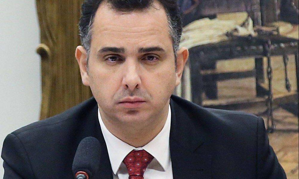 Auxílio emergencial sempre foi considerado por governo e será detalhado em março, diz Pacheco