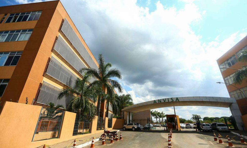 """Após decisão do STF, Anvisa pede """"prazo justo"""" de análise para vacinas"""