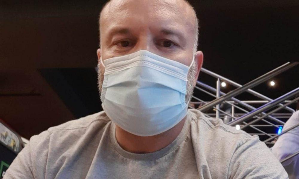 """""""Retornei ao trabalho, mas hoje vivo com medo"""", diz técnico de enfermagem em Criciúma"""