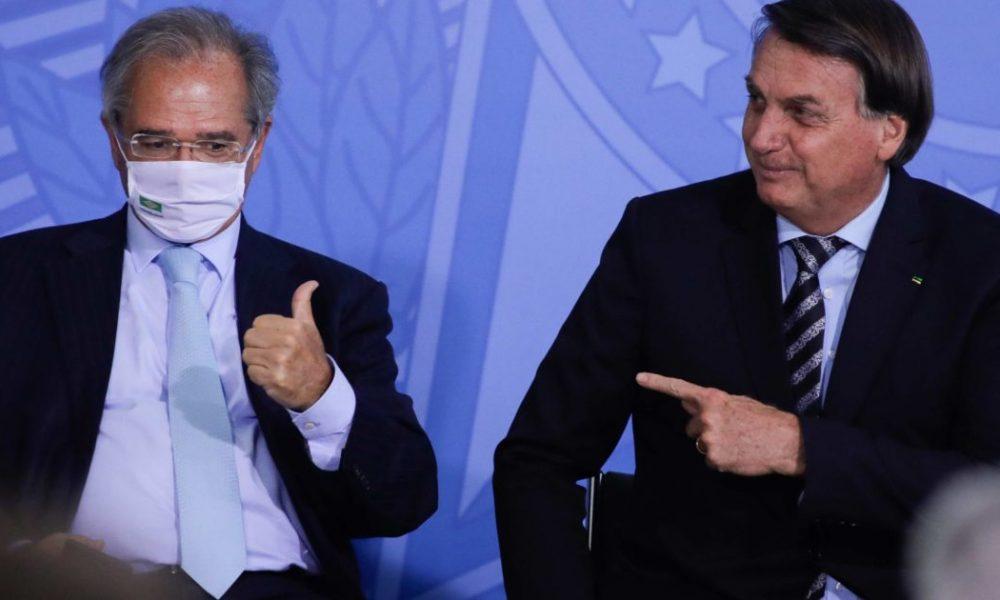 Guedes diz que vai ficar enquanto tiver a confiança de Bolsonaro