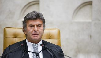 Presidente do STF restabelece importação de camarão da Argentina