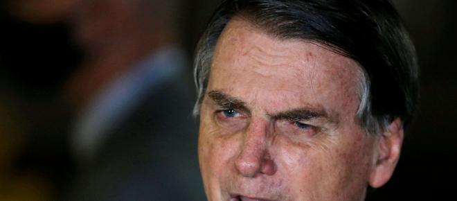Aliados de Bolsonaro tentam fazer com que ele mude seu discurso sobre pandemia