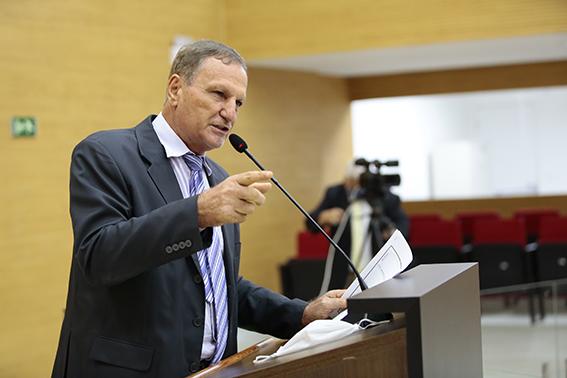 Adelino Follador solicita que INSS seja autorizado a continuar atendendo