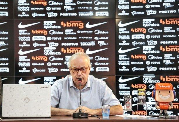 'O talvez dê certo a gente vai evitar', diz Roberto de Andrade sobre contratações do Corinthians