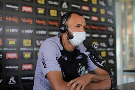 Everson nega que haja 'racha' interno no Galo e diz que faltou mais qualidade ao time no clássico
