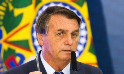 Sem provas, Bolsonaro insinua que China pode ter criado vírus para guerra química