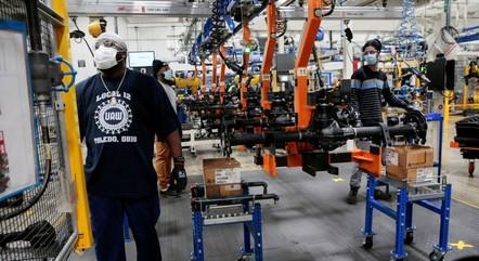 Prévia do PIB mostra crescimento de 0,44% da economia em abril