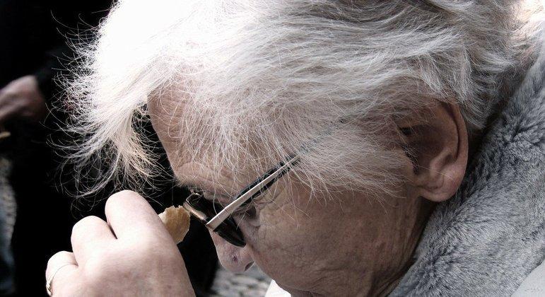 Novo remédio de Alzheimer: como funciona e quando chega ao país
