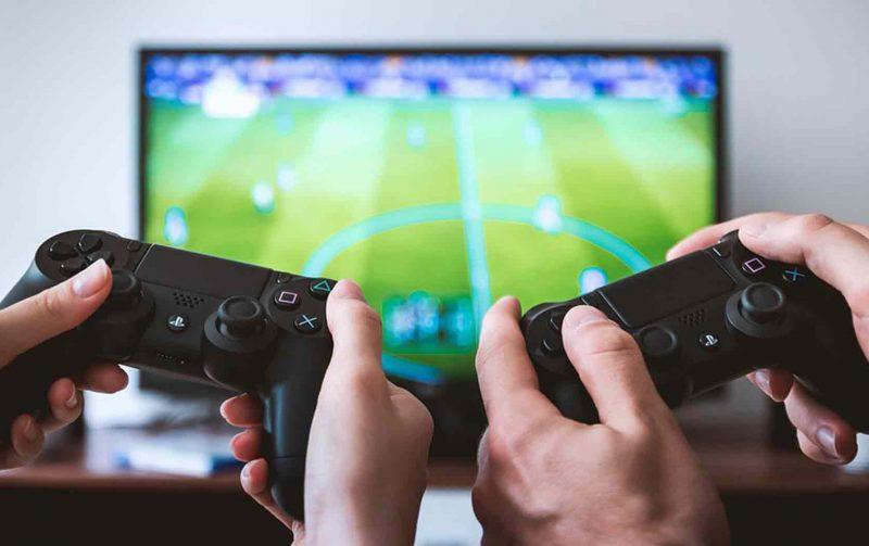 Missionário usa videogame para evangelizar e leva agnóstico para Jesus