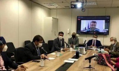 Sesau participa de reunião do Conass em Brasília;  prova unificada para residências médicas foi um dos temas
