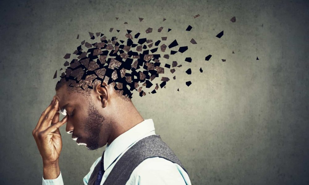 Estudo: 11% dos doentes têm problemas de memória 8 meses após Covid-19