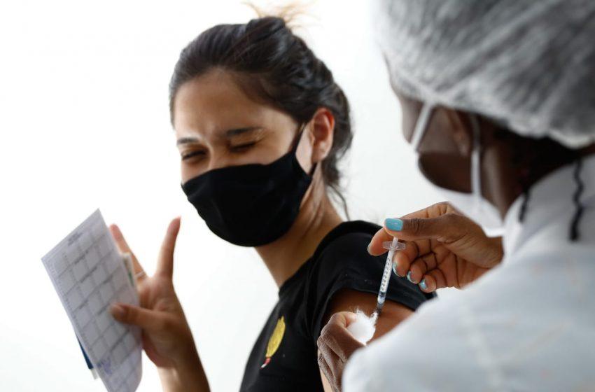 Covid: Goiânia e Aparecida iniciam vacinação de adolescentes