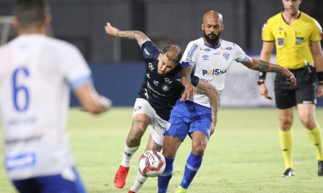 Com gol contra, Remo vence Avaí em confronto de Leões pela Série B