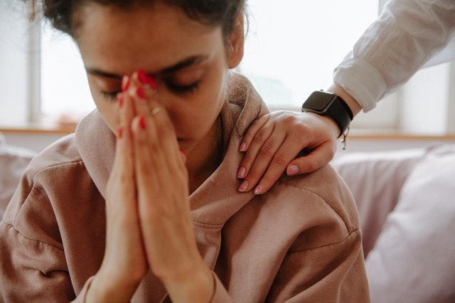 Hábitos que surgiram na pandemia e podem gerar sofrimentos psíquicos como ansiedade e depressão