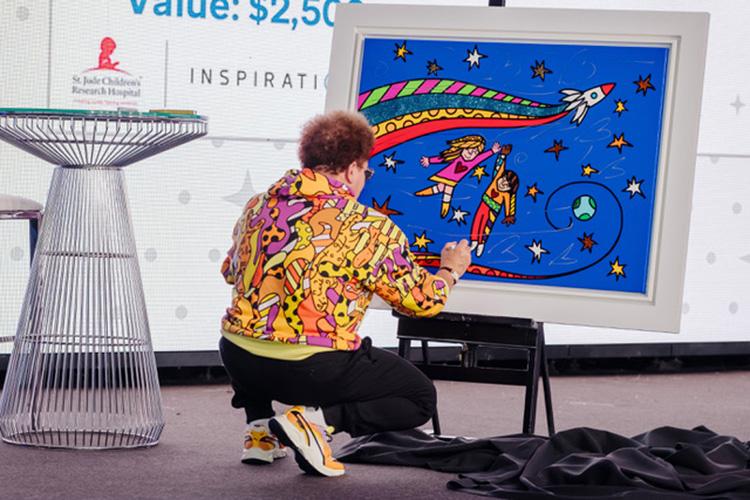 Romero Britto empresta seu talento como artista para ajudar hospital que trata câncer infantil