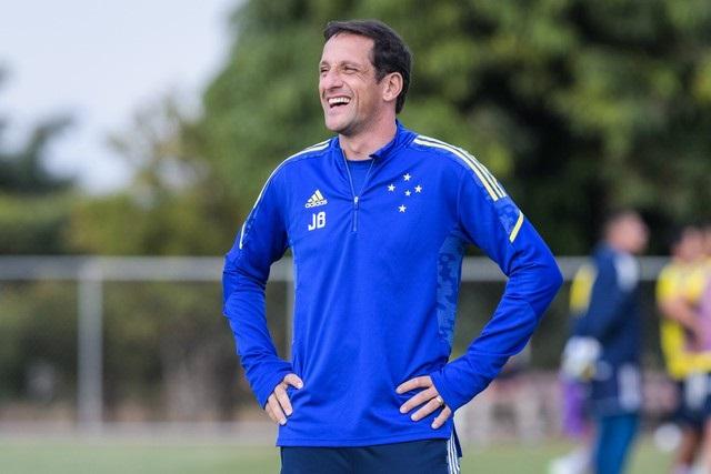 Um ano após chegar ao Cruzeiro, Belletti tem chance de 1ª experiência como treinador