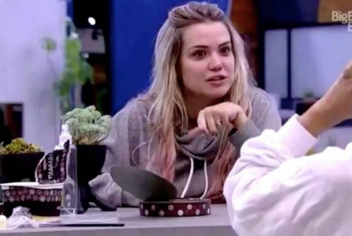 FORA DA CASA: Recém-eliminada do 'BBB', Marcela já faturou quase R $ 1,5 milhão