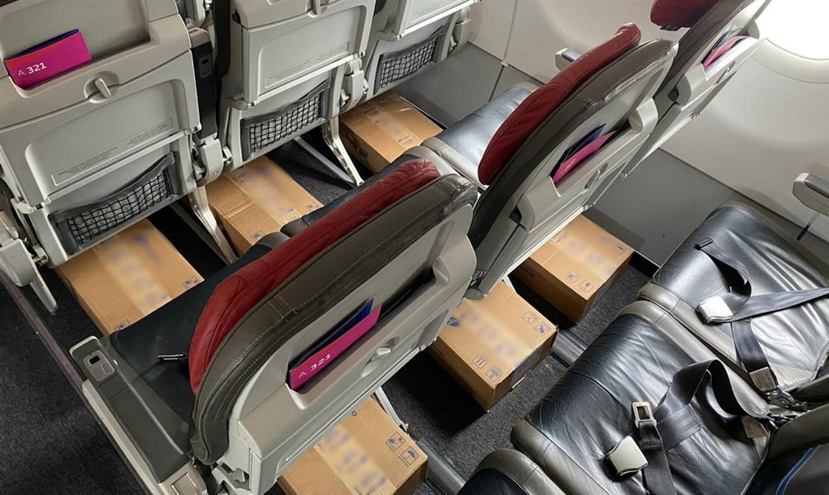ADAPTAÇÃO: Latam realiza o primeiro voo de passageiros dedicado à cargas