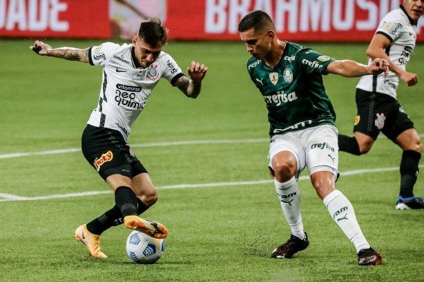 Sylvinho possui 33,3% de aproveitamento no comando do Corinthians em clássicos;  jogos relembre