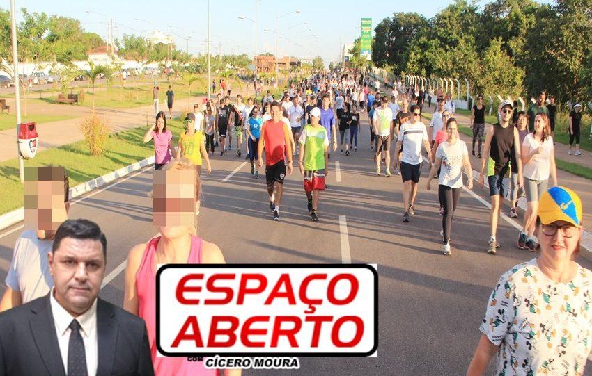 ESPAÇO ABERTO: PM vai intensi fi car fi scalização de aglomerações em locais públicos