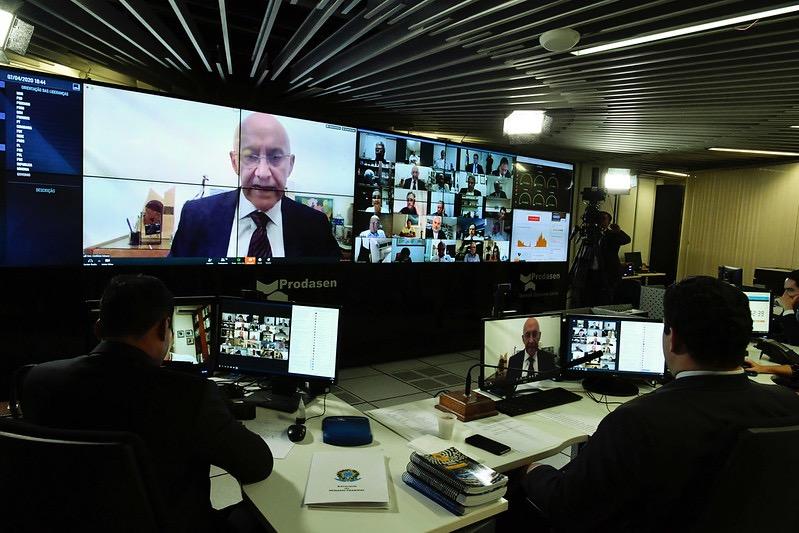 CONFÚCIO MOURA: Senado aprova programa de crédito para atender micro e pequenas empresas