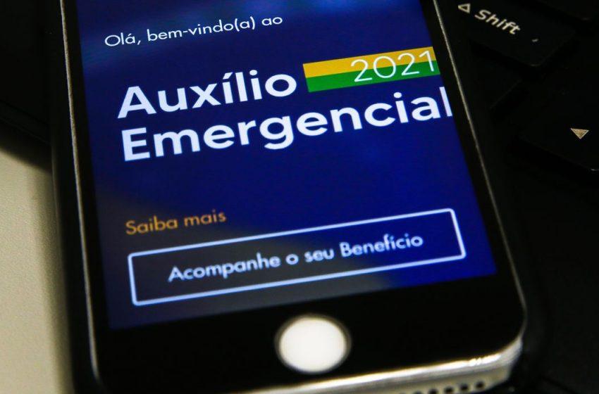 Beneficiários do Bolsa Família começam a receber 6ª parcela do auxíl