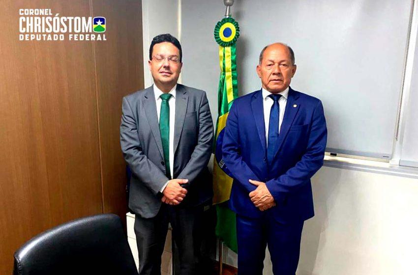 Chrisóstomo se reúne com presidente do FNDE para tratar sobre transporte escolar em Porto Velho