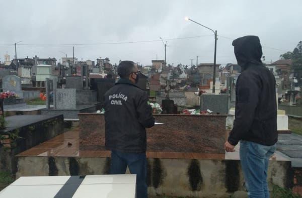 Venda irregular de túmulos em cemitério de Mafra é investigada pela polícia