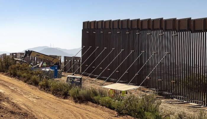 Governo Biden deve reativar programa anti-imigração de Trump, contra pedidos de asilo