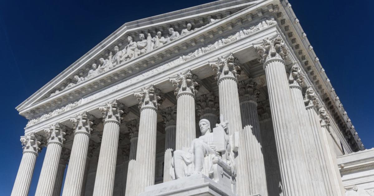 A Suprema Corte concorda com revisão, mas mantém a lei do aborto do Texas