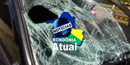 Cornofóbico pensa que motorista de aplicativo é amante de sua mulher e arrebenta veículo, em Ji-Paraná