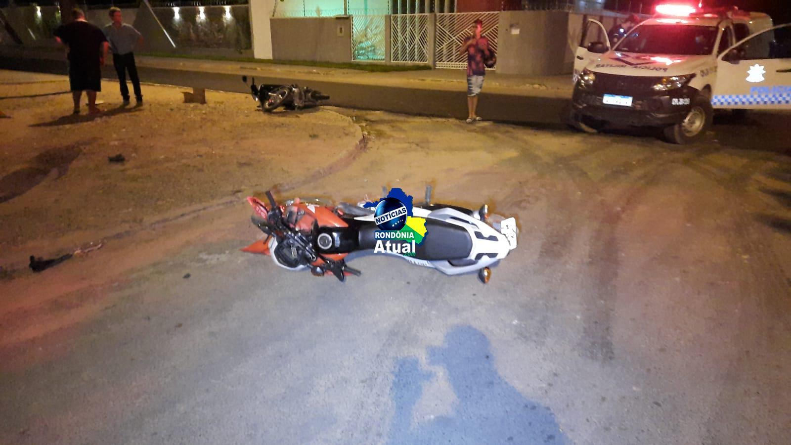Jovem sofre fratura exposta em colisão entre motocicletas no T-20, em Ji-Paraná